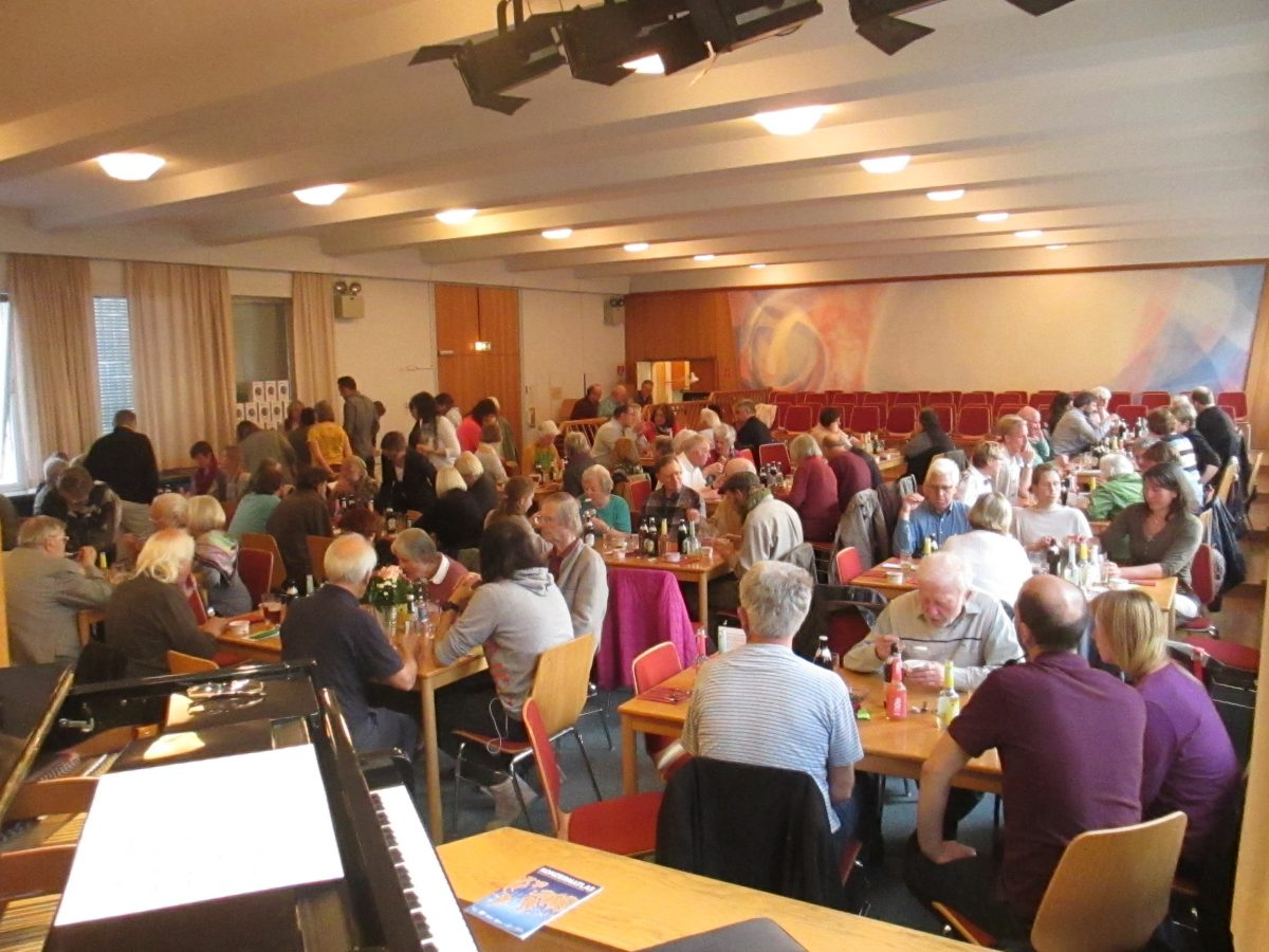 Bei der diesjährigen Mitgliederversammlung waren wir 100